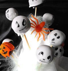 Scary cake pops, pour Halloween, la recette d'Ôdélices : retrouvez les ingrédients, la préparation, des recettes similaires et des photos qui donnent envie !