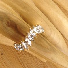 Vintage 18KTGE Gold Electroplated 2.25ct Marquice Cut White Topaz Ring JMVS249 |We combine shipping|No Question Refunds|Bid $60 for free shipping. Starting at $1