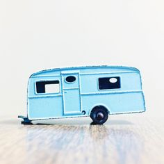 One more! From the archives... Lesney Camper for this week's #sundaythrowback #mbx #matchbox #lesney #vintage #diecast #toycrew #hwc