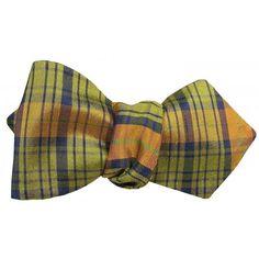 PUMPKIN PLAID ARROW TIP BOW TIE WITH POCKET SQUARE Bow Tie Wedding, Hand Roll, Pocket Square, Arrow, Plaid, Bows, Bow Ties, Unique, Classic