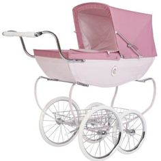 Silver Cross: prams for dolls. A great way for children to play 'grown-ups'- they'll love pushing their own little baby dolls around in this very chic stroller. Little Babies, Little Ones, Fur Babies, Step Mum, Dolls Prams, Baby Prams, Changing Bag, Vogue, Moving House