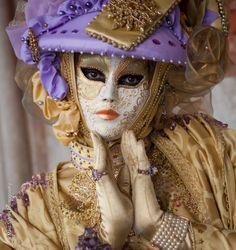 Carnival Of Venice, Carnival Masks, Carnival Costumes, Venice Mask, Venetian Masks, Mardi Gras, Masquerade, Princess Zelda, Cosplay