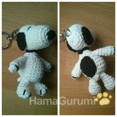 Amigurumi de Snoopy, por HamaGurumi (http://hamabeadsyamigurumis.com)
