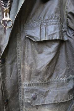 Waxed Cotton Jacket, Barbour Jacket, Wax Jackets, Classic Style, My Style, Mens Attire, Belstaff, Mens Fashion, Fly Fishing