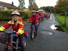 """Kyrkenorums 05:or klass C: """"IT-mammans"""" klass skolblogg om klassens vardag Good Night, Om, Bicycle, Nighty Night, Bicycle Kick, Bike, Have A Good Night, Trial Bike, Bicycles"""