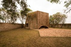 Located in the Pampa plains, in the east of the province of Cordoba, Saint Bernard´s Chapel (the local patron saint) rises in a small grove, originally occupied by a rural house and its yards, both dismantled in order to reuse their materials, especial...