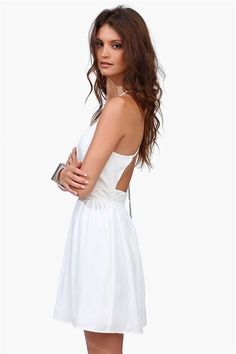 Backless white sun dress.