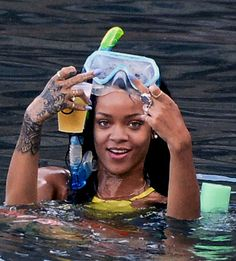 Fuck you Haters 🖕🏾💖 Mode Poster, Rihanna Riri, Current Mood Meme, Bad Gal, Bad Girl Aesthetic, Mode Inspiration, Mood Pics, Reaction Pictures, Black Girl Magic