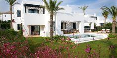 Superbe villa contemporaine louer marbesa doit son - Superbe residence privee house in rubi en espagne ...