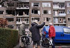 6-May-2015 12:08 - VERDACHTE VAN FLATONTPLOFFING WORSTELT AL  JAREN MET ZICHZELF. Simon B., de 67-jarige Rotterdammer die verdacht wordt van het veroorzaken van de verwoestende explosie in de Moddermanstraat in Schiebroek,…...
