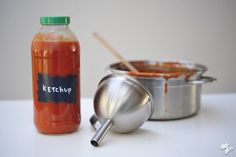 homemade ketchup without sugar Healthy Dips, Healthy Sweets, Healthy Cooking, Healthy Recipes, Paleo Sauces, Homemade Ketchup, Happy Foods, Good Food, Easy Meals