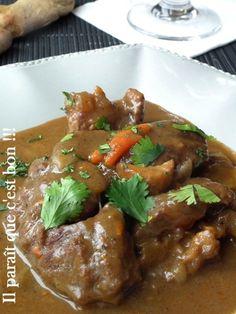 Une viande ultra tendre, gouteuse, un jus épais, savoureux et légèrement sucré. Comme d'habitude, ultra simple à la réalisation. Accompagné de pomme de terre