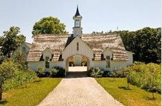 Burr Ridge IL farmhouse for sale: Amazing French Country Farmhouse in IL! The Effective Pictures We Offer You About country farmhouse decor gray A quality picture can tell you many things. French Country Farmhouse, French Country Style, Farmhouse Design, Modern Farmhouse, French Cottage, Farmhouse Style, Porte Cochere, Country Entryway, Country Decor