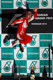 Fernando Alonso wins inaugural Korean F1 GP.