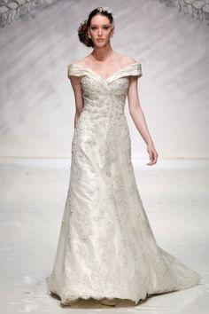 Ian Stuart Bride | Designer wedding dresses-Evita