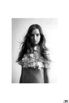 #EtienneJeanson #wedding #dress #collection #lace #broceliande #fashion #ootd #paris #couture photo : John Hennequin