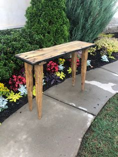 Rustic Sofa Tables, Diy Sofa Table, Entryway Tables, Built In Sofa, Modern Drawing, Wood Molding, Animal Projects, Wood Screws, Handmade Furniture