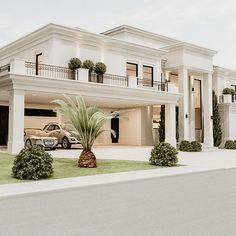 Classic House Exterior, Modern Exterior House Designs, Classic House Design, Dream House Exterior, Modern Architecture House, Dream Home Design, Dream House Plans, Modern House Design, Bungalow House Design