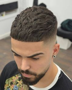 75 Best Shaved Side Hairstyles - [The Hottest 2019 Trends] Crop Haircut, Fade Haircut, Shaved Side Hairstyles, Boy Hairstyles, Barber Haircuts, Haircuts For Men, Hair Cutting Techniques, Hair Barber, Men Hair Color