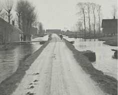 Bloemendaalseweg 1920. Deze lag aan de overkant van het water van de Ridder van Catsweg, waar ik ben geboren. Gouda, Old City, Netherlands, Holland, Scenery, Country Roads, Nature, Outdoor, Historia