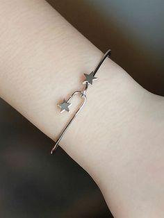 Silver Interlocking Star Fine Bangle Bracelet