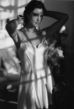 Monica Bellucci discovered by Debruno on We Heart It Monica Belluci Malena, Monica Bellucci Movies, Foto Fashion, Italian Actress, Italian Beauty, Hollywood Actresses, Hollywood Fashion, Beautiful Actresses, Most Beautiful Women