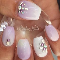 Opting for bright colours or intricate nail art isn't a must anymore. This year, nude nail designs are becoming a trend. Here are some nude nail designs. Creative Nail Designs, Creative Nails, Nail Art Designs, Fancy Nails, Love Nails, Gorgeous Nails, Pretty Nails, Spring Nails, Summer Nails