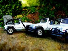 Now here's something you don't often see any more; not just one, but three Jeep travel bugs. Geocaching, Travel Bugs, Jeep, Monster Trucks, Toys, Activity Toys, Jeeps, Toy