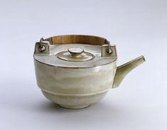 Theodor Bogler, Combination Teapot with Metal Handle (1923)