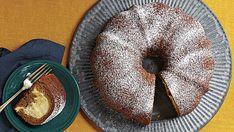 Pumpkin-Ginger Tunnel Cake - FineCooking