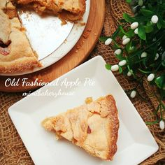 Old Fashioned Apple Pie  When you craved for an Apple Pie but yet refused to buy one from the shops.... You DIY... At least you know that you are getting a decent Apple Pie loaded with just purely apples. Making an Old Fashioned Apple Pie with a buttery yet crusty pie crust. Loaded with fresh green apples tossed with brown sugar & ground cinnamon... #oldfashioned #apple #pie #applepie #buttery #crust #cinnamon #food #foodpics #foodphotography #sgfoodie #sgeats #sghomebaked #sghomebaker…