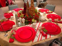 Christmas Tablescape (centerpiece)