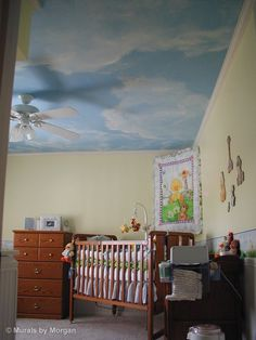 Ideas for Mural at Church, Chidren's and Preschool: Sky Mural in Nursery Ceiling Murals, Wall Murals, Tree Murals, Ceiling Ideas, Church Nursery Decor, Cloud Ceiling, Sky Nursery, Murals For Kids, Blue Ceilings