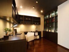 これぞ男の隠れ家…男を上げる書斎10選 Basement Office, Home Office Design, Sweet Home, House, Layout, How To Plan, Architecture, Offices, Interior