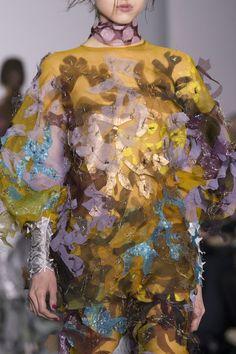 Central Saint Martins at London Fashion Week Fall 2016 - Details Runway Photos