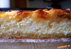 Nevážený sypaný tvarohový koláč. Vanilla Cake, Pie, Desserts, Nature, Vanilla Sponge Cake, Torte, Cake, Fruit Pie, Deserts