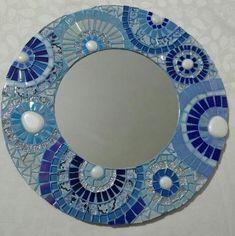 Mosaic Tile Art, Mosaic Vase, Mirror Mosaic, Mosaic Diy, Mosaic Crafts, Mosaic Projects, Mirror Crafts, Mosaic Animals, Large Jewelry Box