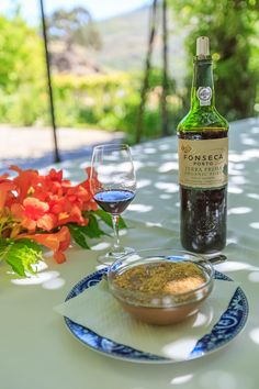 During the first couple of weeks of July 2015, I was a guest ofWine Tourism in Portugalin the Douro Valley. My mission was to explore themost beautiful wine region in the worldand offer you the…