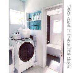 Michiyoさんの、海外インテリアに憧れて♡,雑貨,白が好き♡,モノトーン,シンプル,白黒インテリア,いつもいいね♡コメありがとうございます♡,白のチカラ,注文住宅,統一感目指して!,アクセントクロス,おしゃれで可愛く,清潔感重視,ニッチ,立てて収納,空気の入れかえ,洗面所収納,バスルーム,隙間収納,バス/トイレ,のお部屋写真