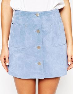 Browse online for the newest ASOS Suede A-Line Skirt With Button Through And Pocket Detail styles. Shop easier with ASOS' multiple payments and return options (Ts&Cs apply). Mode Style, Style Me, Summer Outfits, Cute Outfits, Look Fashion, Womens Fashion, Moda Casual, Suede Skirt, Denim Skirt