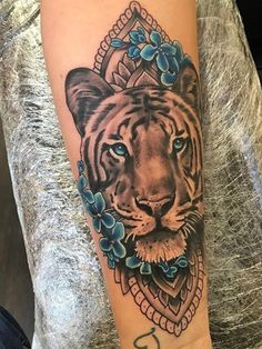 I want this so bad, the colour is amazing #rickylatham #tiger #mandala
