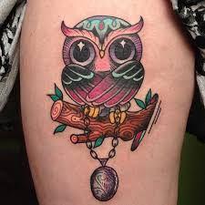 Resultado de imagem para tattoo coruja dedo