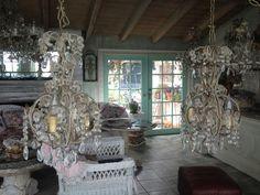 Paris Flea Market - Wonderful vintage treasures for your home Beaded Chandelier, Chandeliers, Living Rooms, Living Room Decor, Paris Flea Markets, French Chic, Cottage Homes, Lamp Shades, Candelabra