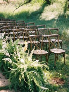 To make it a walk to remember, here are a few of the sweetest ways to style your wedding aisle. wedding aisle 14 of The Sweetest Ways To Style Your Wedding Aisle - Modern Wedding Wedding Aisles, Wedding Ceremony Ideas, Fern Wedding, Forest Wedding, Wedding Reception Decorations, Outdoor Ceremony, Wedding Tips, Wedding Flowers, Wedding Venues
