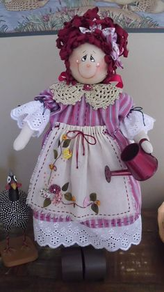 Uma de minhas bonecas de madeira. By Rosangela Trujillo.