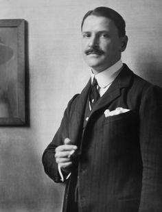 Somerset Maugham, 1912 photo by E.O. Hoppé