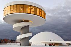 La obra de Oscar Niemeyer, en imágenes.  (Centro Cultura Internacional de Avilés).