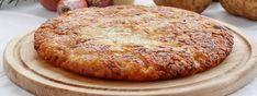 Il frico friulano nasce come piatto povero e di recupero. Scopriamo la storia e la ricetta di questa bontà a base di patate e formaggio Banana Bread, Appetizers, Desserts, Food, Tailgate Desserts, Snacks, Meal, Appetizer, Dessert