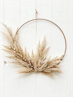 Pampas Grass Wreath Fall Wreath Hoop Wreath Boho Wreath   Etsy Dried Flower Wreaths, Fall Wreaths, Dried Flowers, Christmas Wreaths, Christmas Decorations, Handmade Decorations, Christmas Diy, Holiday, Fleurs Diy