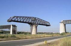 pont-pivotant1 Bridge Construction, Rhone, Circulation, Afin, Automobile, France, Civil Engineering, Bridges, Mouths